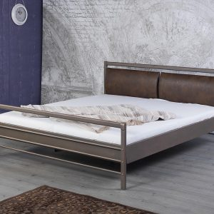 Aurora metalen bed
