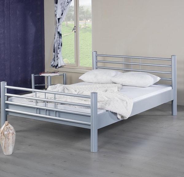 Lea metalen bed